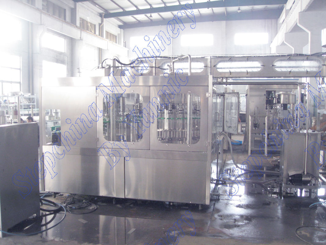 16 Heads Bottled Water Filling Machine / Automatic Bottling Machine Low Noise Generation