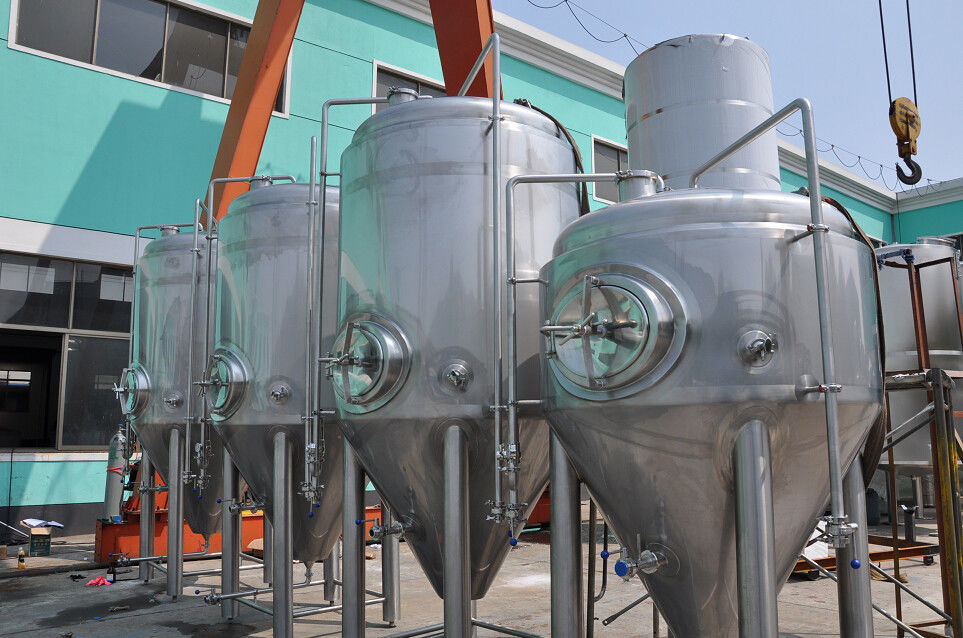 7BBL Beer Stainless Steel Fermenter Beer Brewing Equipment 200L 3000L 5000L