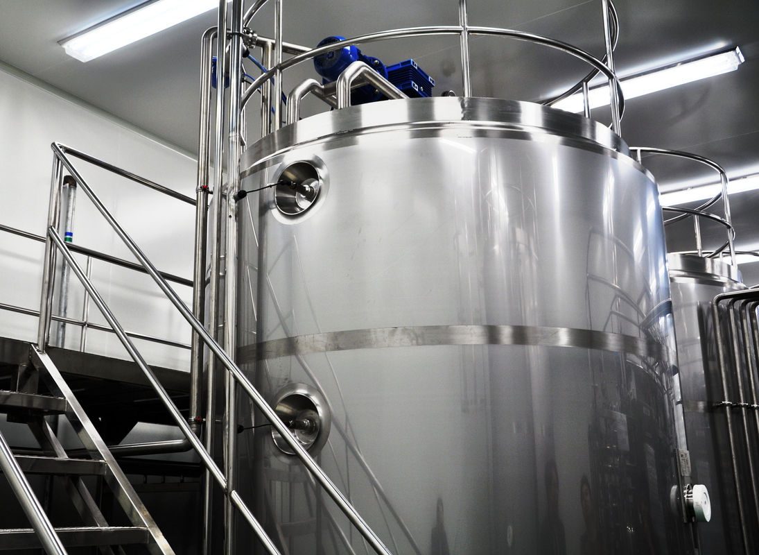 500L - 30T SUS304 316L Stainless Steel Stirrer Storage Tank For Juice / Beer
